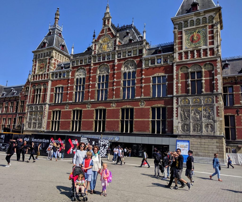 Just arrived at Amsterdam Centraal, an iconic major train hub from 1889 (and one of the prettiest buildings in the city)