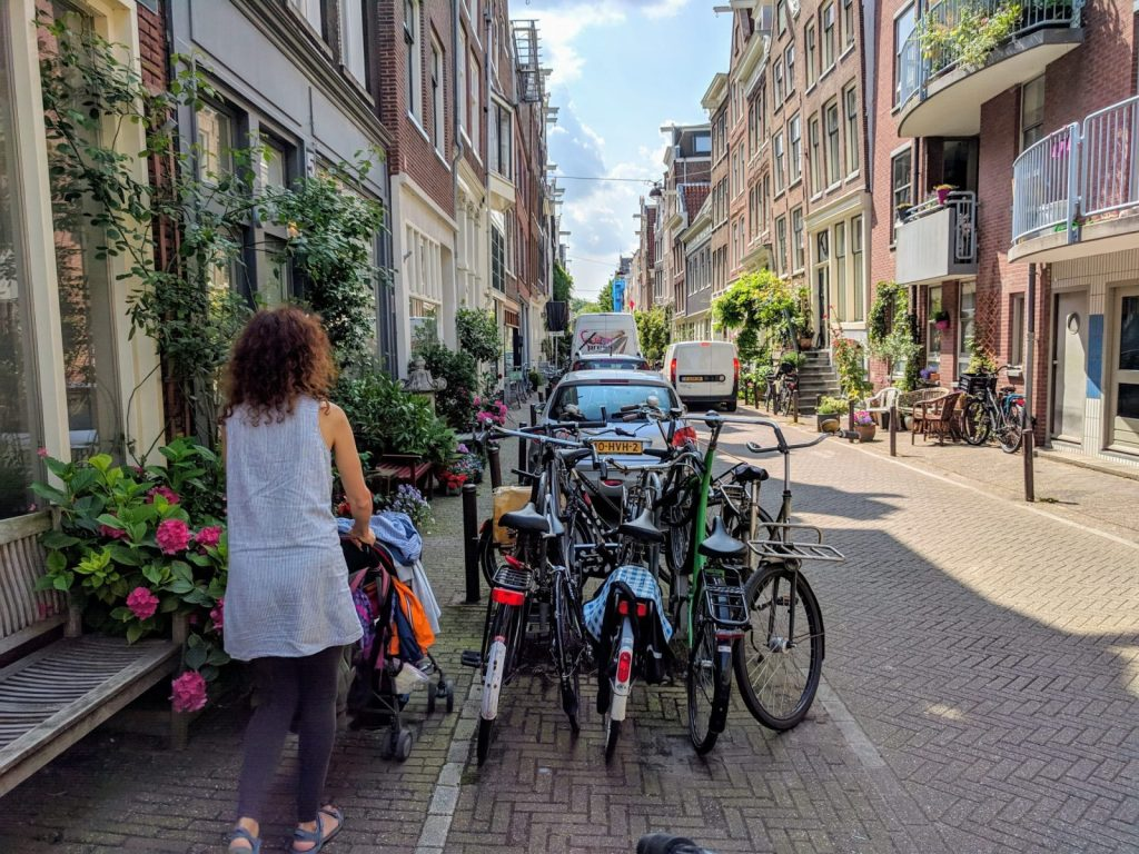 Things To Do In Amsterdam: visiting Jordaan district